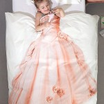 Must be a great gift for your baby daughter – Princess dress bed sheets
