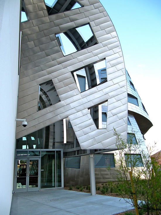awesome-impressive-weird-building-amazing-architecture-design (1)