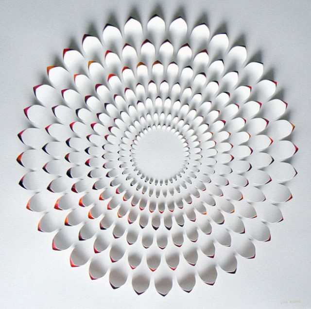 cool-amazing-beautiful-paper-art (10)