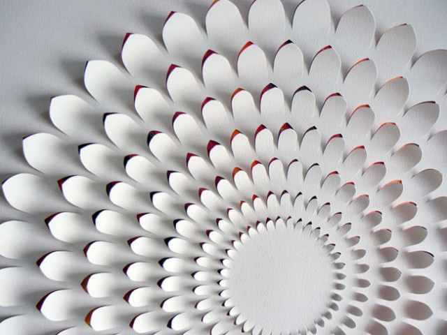 cool-amazing-beautiful-paper-art (5)