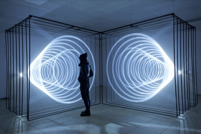 cool-wonderful-audiovisual-abstract-art-installation (10)