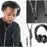 Creative headphones with tangle free zipper