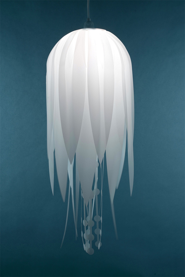 fantastic-beautiful-stunning-Jellyfish-Lamps-design (1)