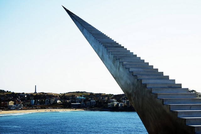 impressive-art-installation-Infinite-Staircase (5)