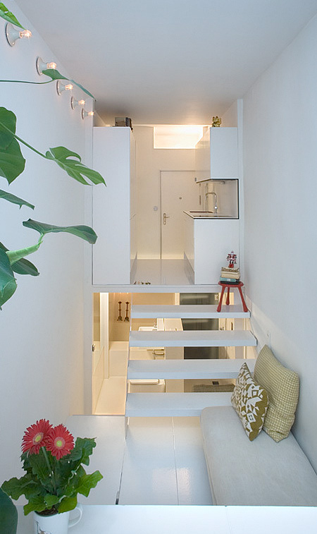 small-living-space-home-compact-apartment-design (1)