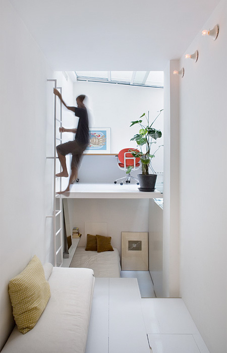 small-living-space-home-compact-apartment-design (6)