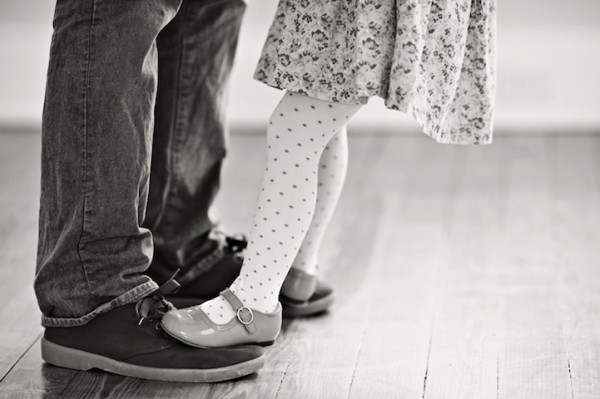 Father-and-Daughter-family-moments-memories-love-house-touching-photos (4)