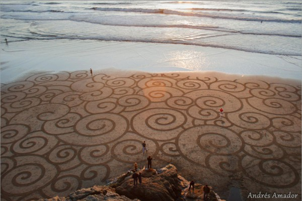 amazing-beautiful-sand-darwings-artworks (21)