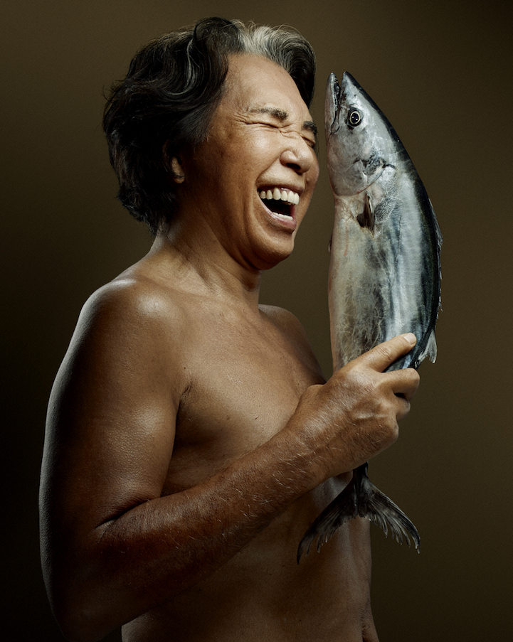 campaign-photo-series-weird-portraits-celebrities-fish (1)