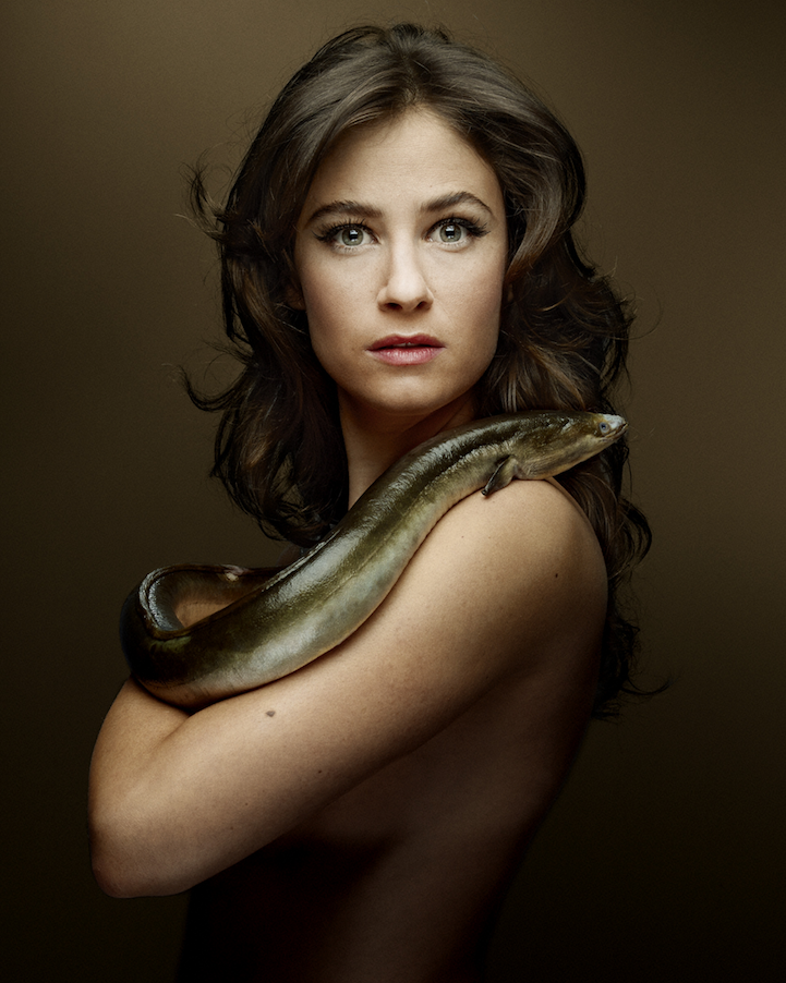 campaign-photo-series-weird-portraits-celebrities-fish (11)
