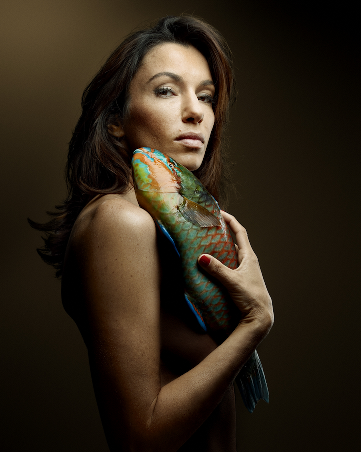 campaign-photo-series-weird-portraits-celebrities-fish (12)