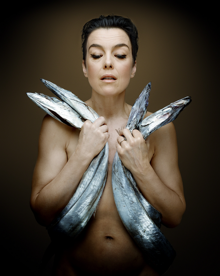 campaign-photo-series-weird-portraits-celebrities-fish (3)
