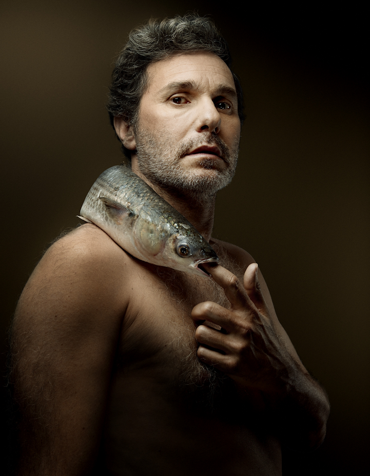campaign-photo-series-weird-portraits-celebrities-fish (9)