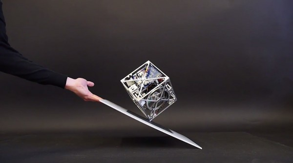 cool-design-magic-Gravity-Defying-Cube