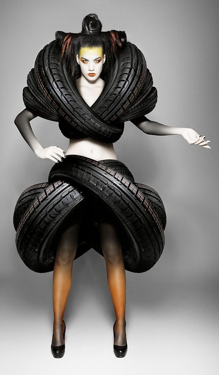 creative-cool-impressive-car-tires-promotion