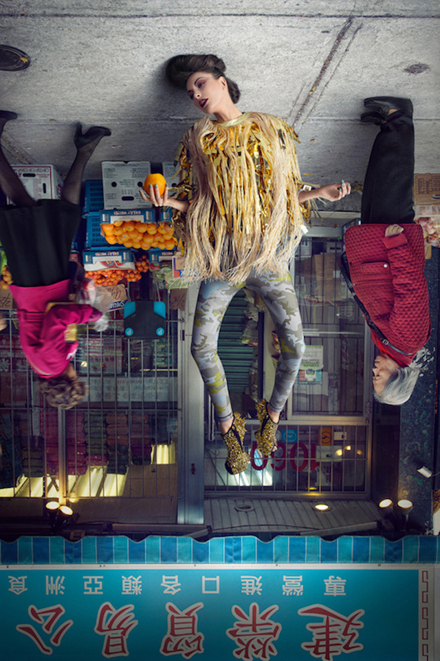 weird-amazing-photography-Fashion-Models-Upside-Down (2)