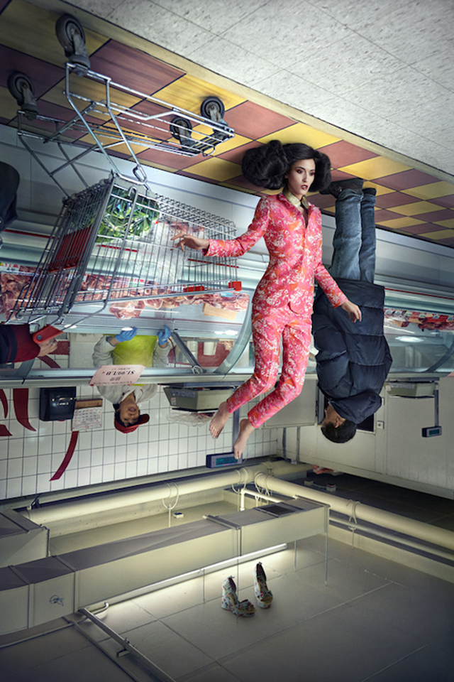 weird-amazing-photography-Fashion-Models-Upside-Down (3)