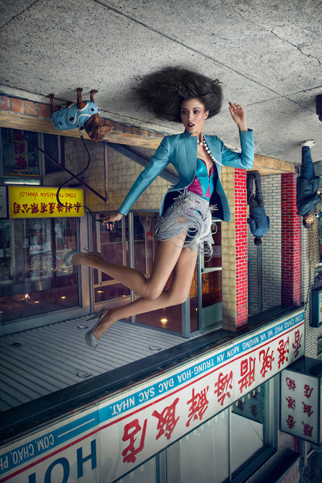 weird-amazing-photography-Fashion-Models-Upside-Down