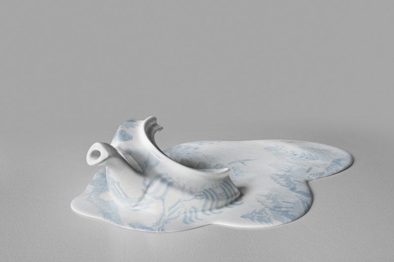 weird-odd-beautiful-art-melting-ceramic-sculptures (5)