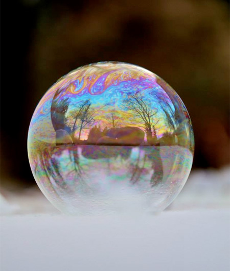 amazing-awesome-photography-frozen-soap-bubbles (19)