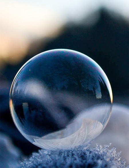 amazing-awesome-photography-frozen-soap-bubbles (4)
