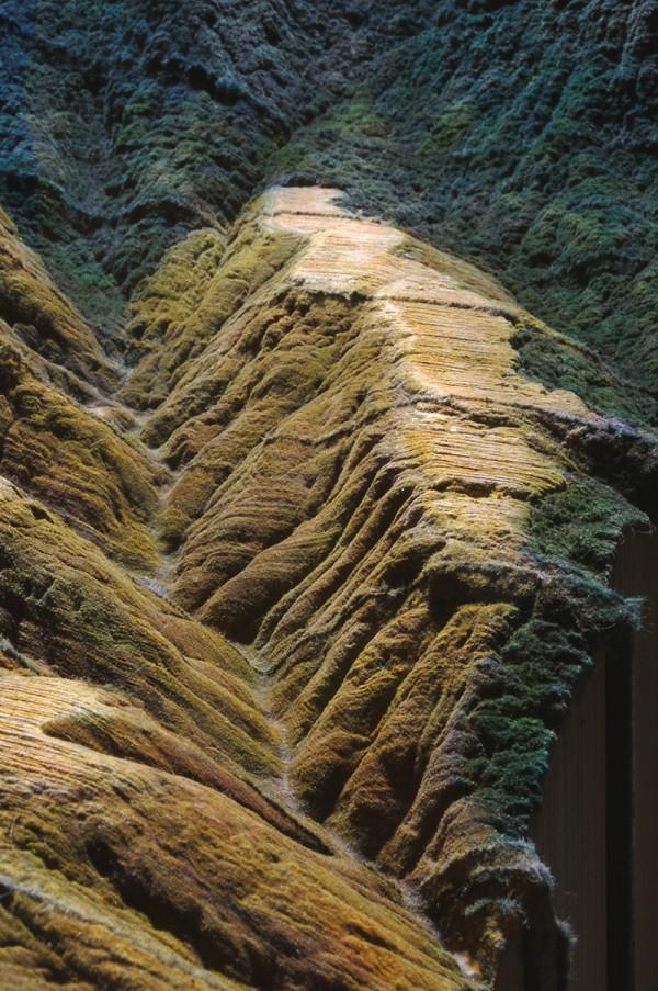 amazing-cool-book-Landscape-Carving-Encyclopedia-Britannica (5)