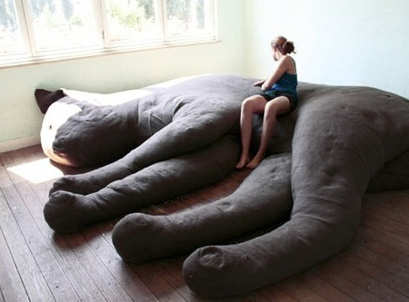 creative-comfortable-giant-cat-sofa-couch-design