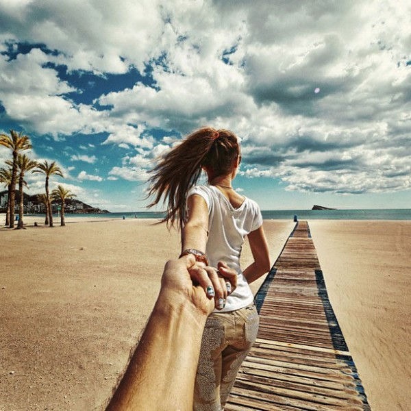 girlfriend-follow-me-around-the-world-romantic-sweet-travel (10)