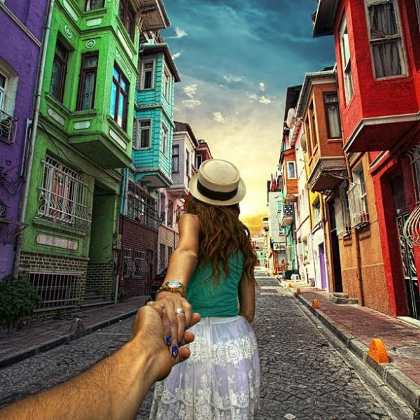 girlfriend-follow-me-around-the-world-romantic-sweet-travel (12)