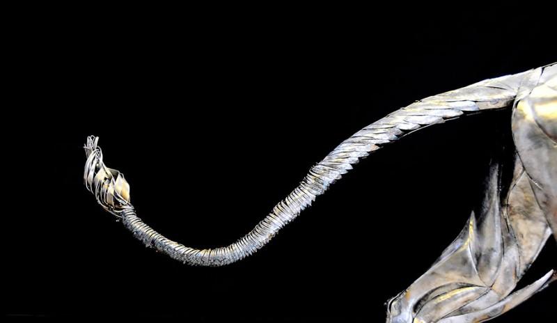 great-detailed-cool-lion-aslan-metal-sculpture (1)