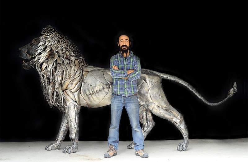 great-detailed-cool-lion-aslan-metal-sculpture (4)