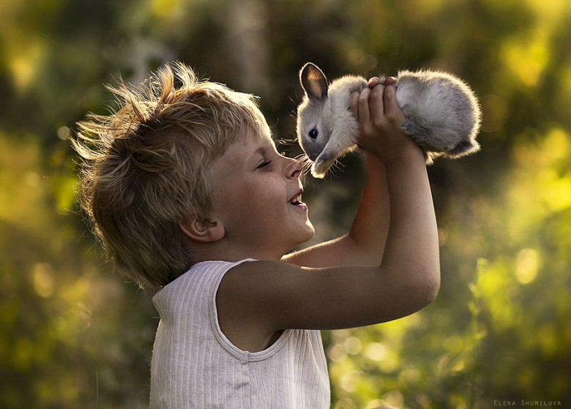 heartwarming-touching-beautiful-children-animals-photos-russia (21)