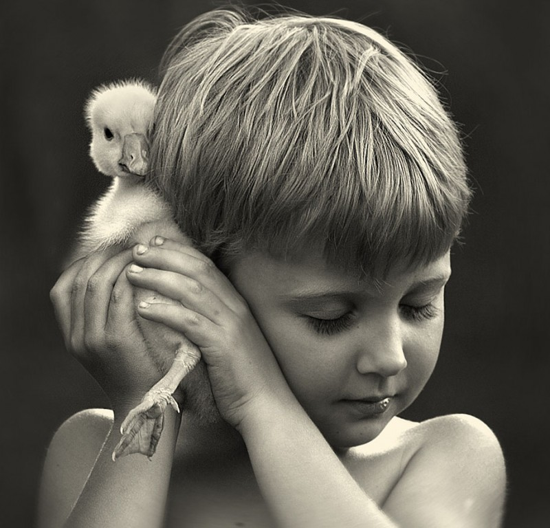 heartwarming-touching-beautiful-children-animals-photos-russia (8)