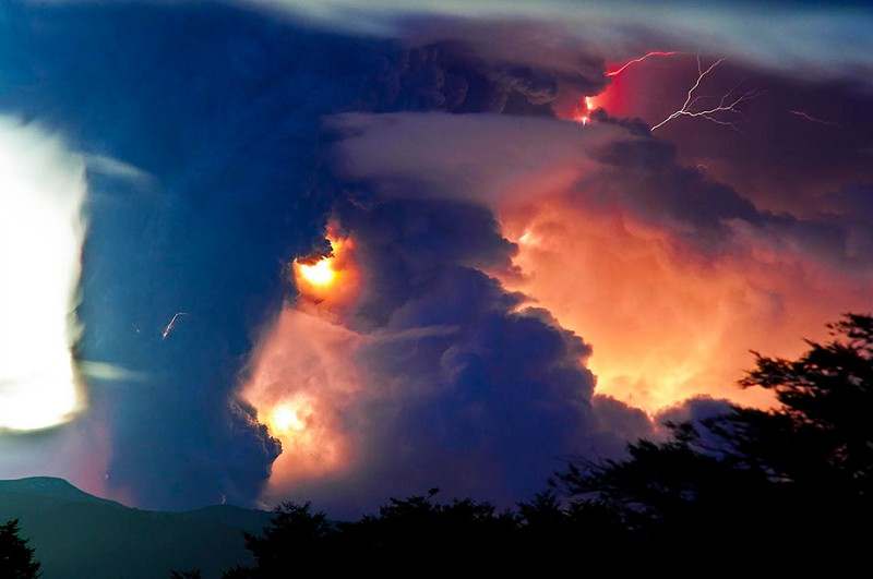 natural-disaster-active-volcanoes-eruption-chile-breathtaking-photos (4)