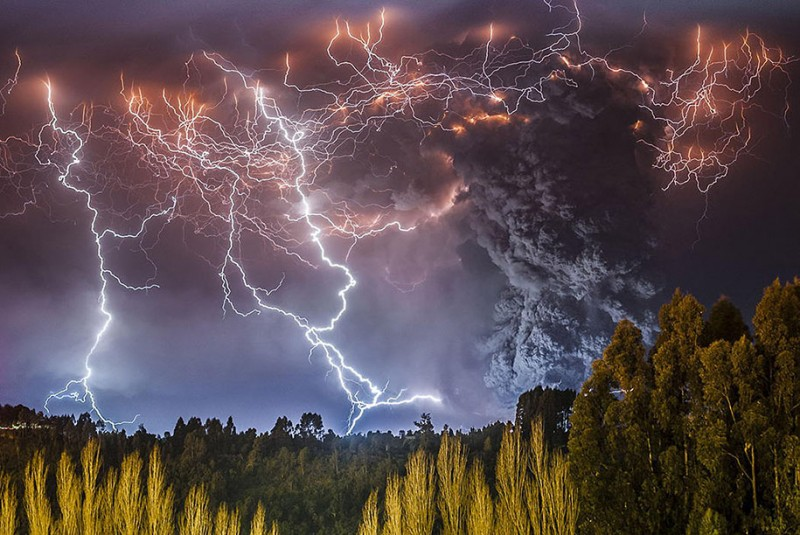 natural-disaster-active-volcanoes-eruption-chile-breathtaking-photos (5)