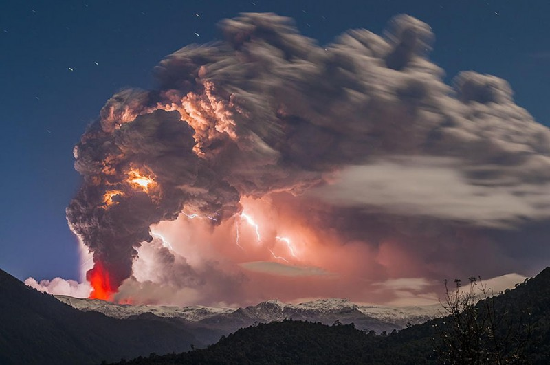 natural-disaster-active-volcanoes-eruption-chile-breathtaking-photos (7)