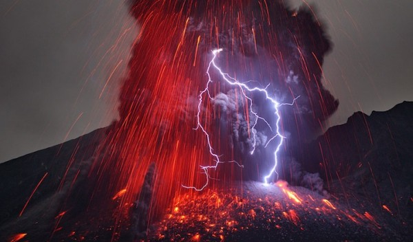 spectacular-wonderful-amazing-cool-volcanic-eruption-pictures (15)