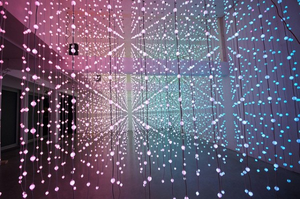 submergence-led-lights-art-installation (2)