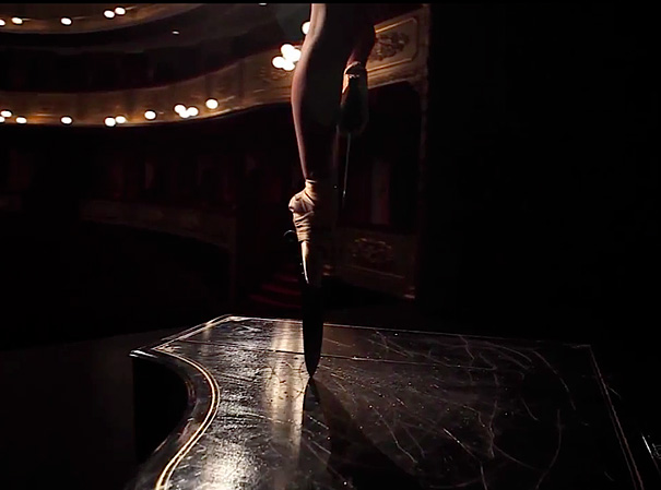 amazing-performance-ballet-dance-knife-shoes-on-piano-classical-art (4)