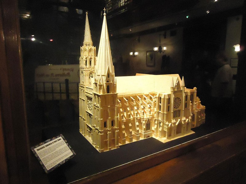 cool-wonderful-biggest-detailed-wooden-matchstick-models-sculpture (1)