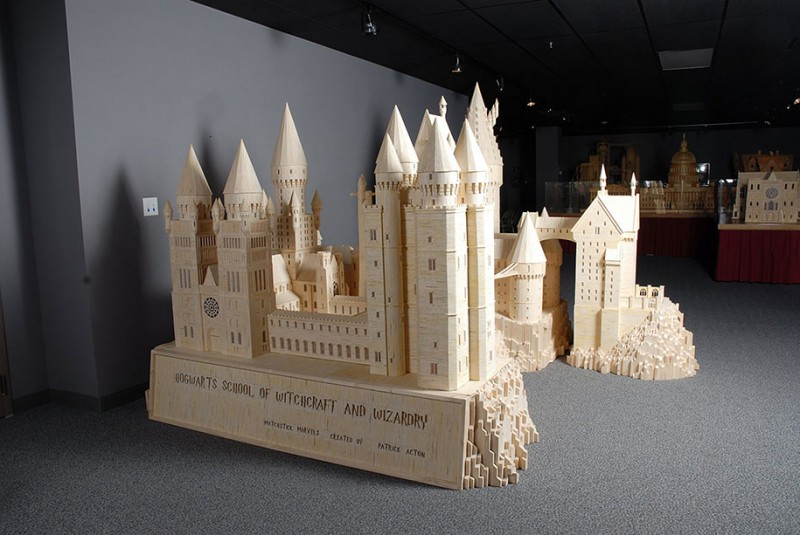 cool-wonderful-biggest-detailed-wooden-matchstick-models-sculpture (4)