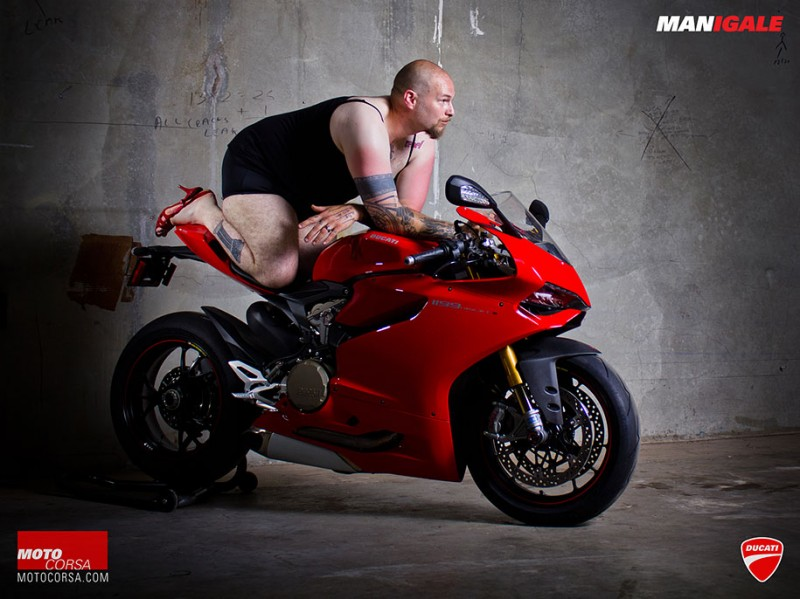 funny-ridiculous-motorcycle-ads-compaign-Posters (4)