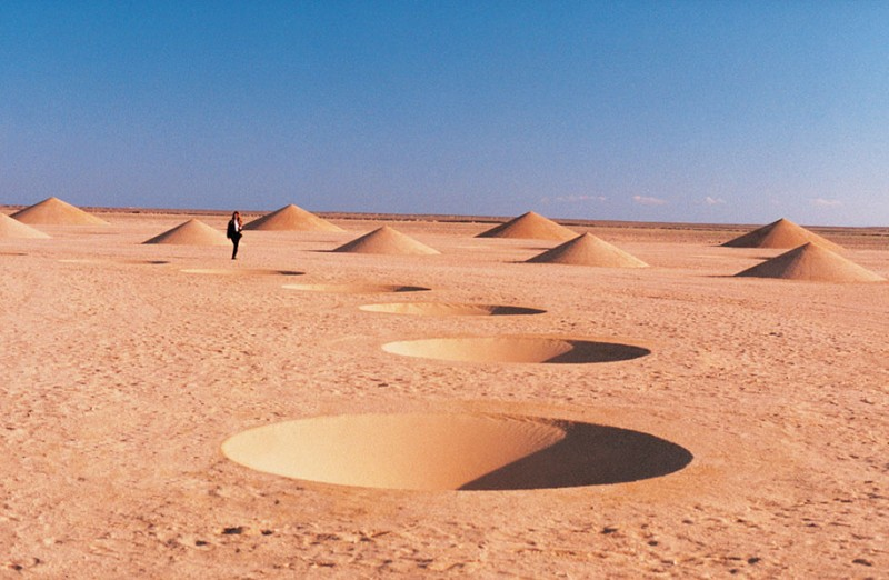 giantic-landscape-art-work-installation-in-egypet-desert (12)