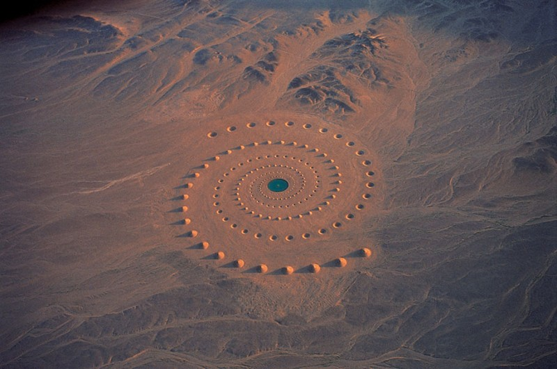 giantic-landscape-art-work-installation-in-egypet-desert (9)