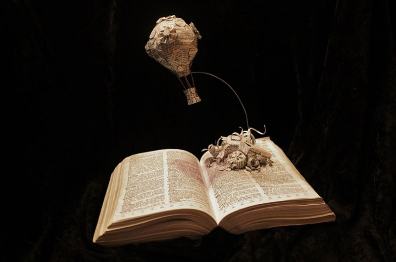 imaginative-creative-paper-art-book-sculptures-artwork (1)