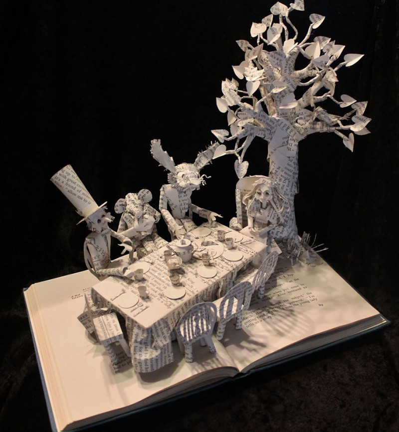 imaginative-creative-paper-art-book-sculptures-artwork (7)