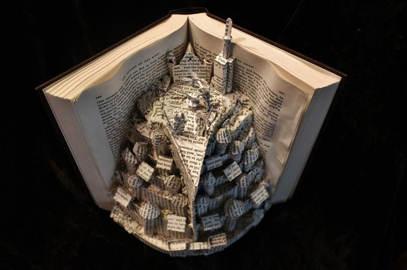 imaginative-creative-paper-art-book-sculptures-artwork (8)