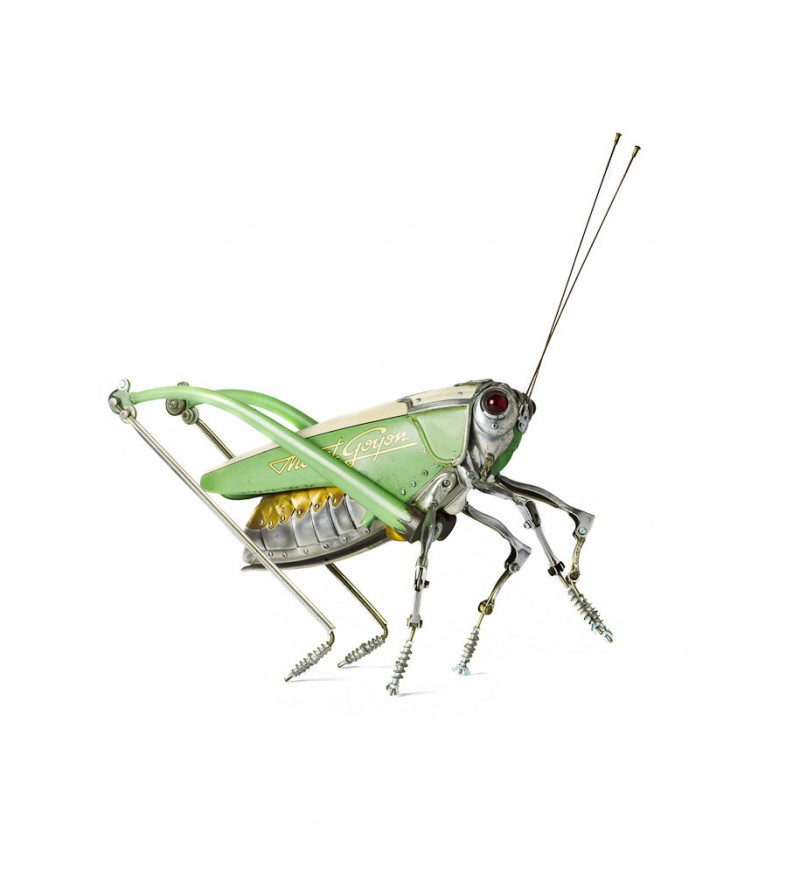 incredible-inspirational-insects-animals-miniature-sculptures-made-from-old-parts (8)