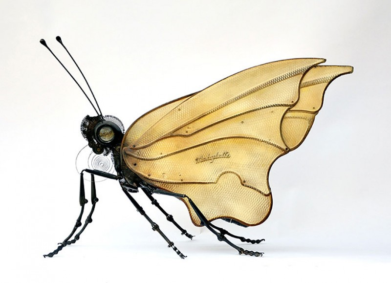 incredible-inspirational-insects-animals-miniature-sculptures-made-from-old-parts