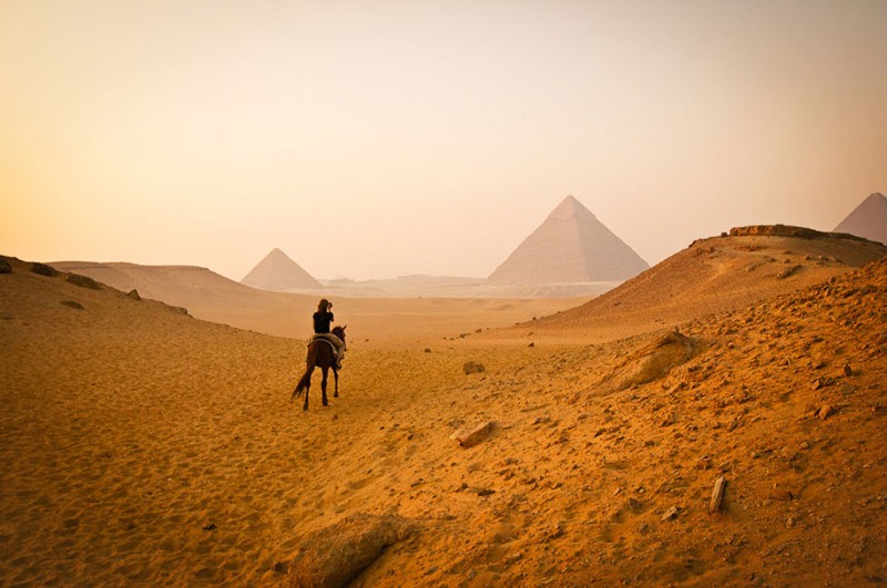 worlds-famous-landmarks-tourist-spots-Zoomed-Out-photos